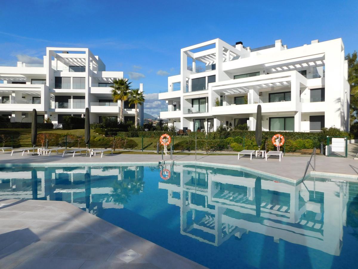 Marbella Banus Apartamento Planta Baja en Venta en Atalaya – R3591088
