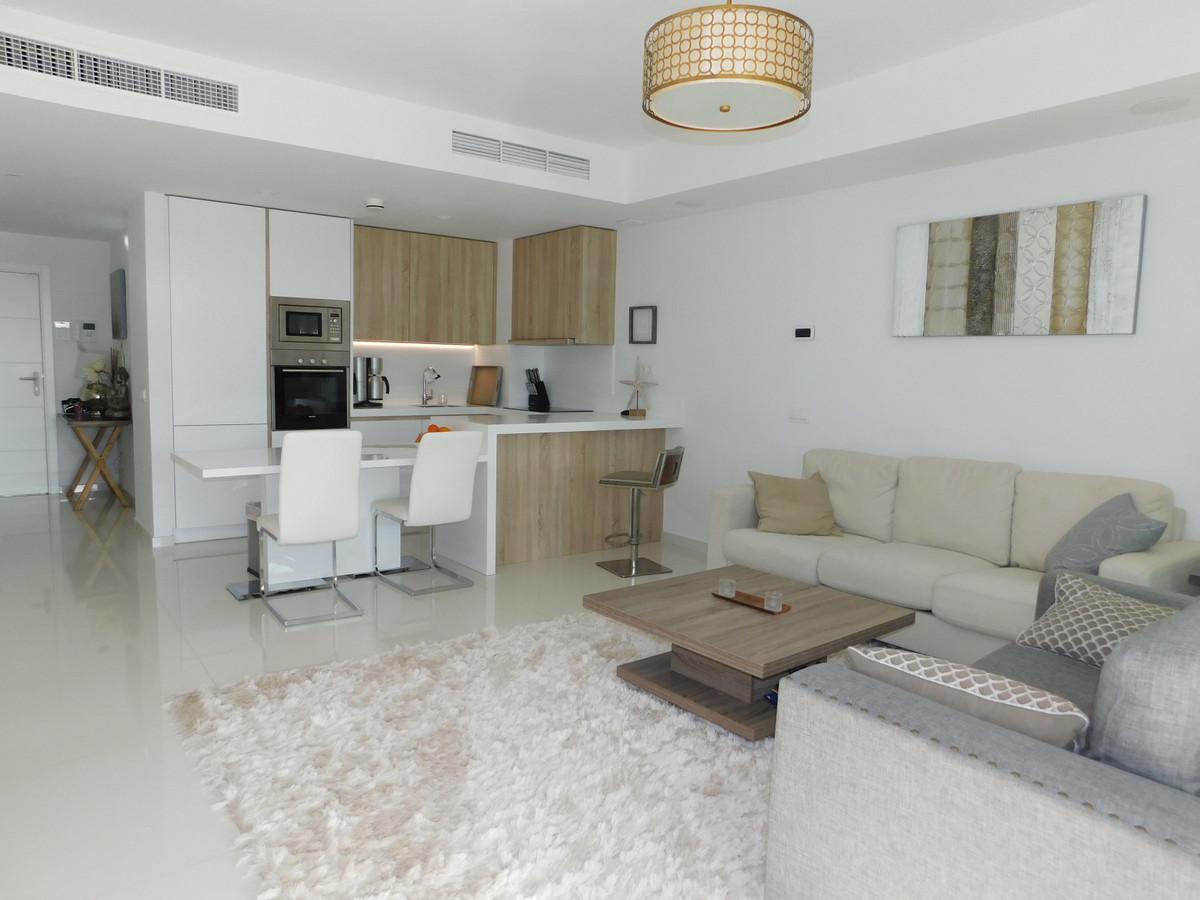 Apartamento en Venta en Atalaya – R3591088