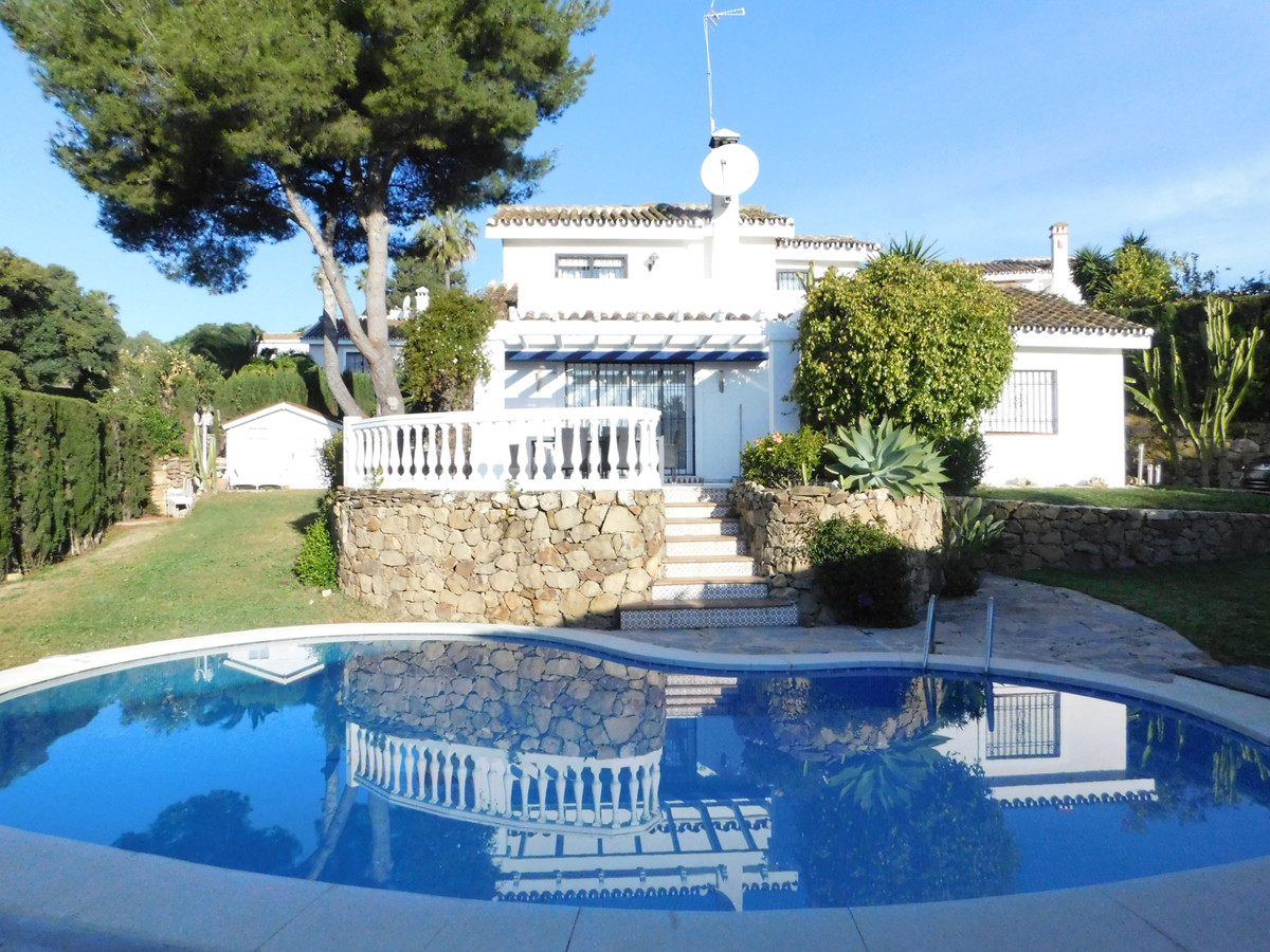 Touristic Reg Number :VFT/MA/20648.The villa is situated in a quiet  area, and is only 1,4km walk to,Spain