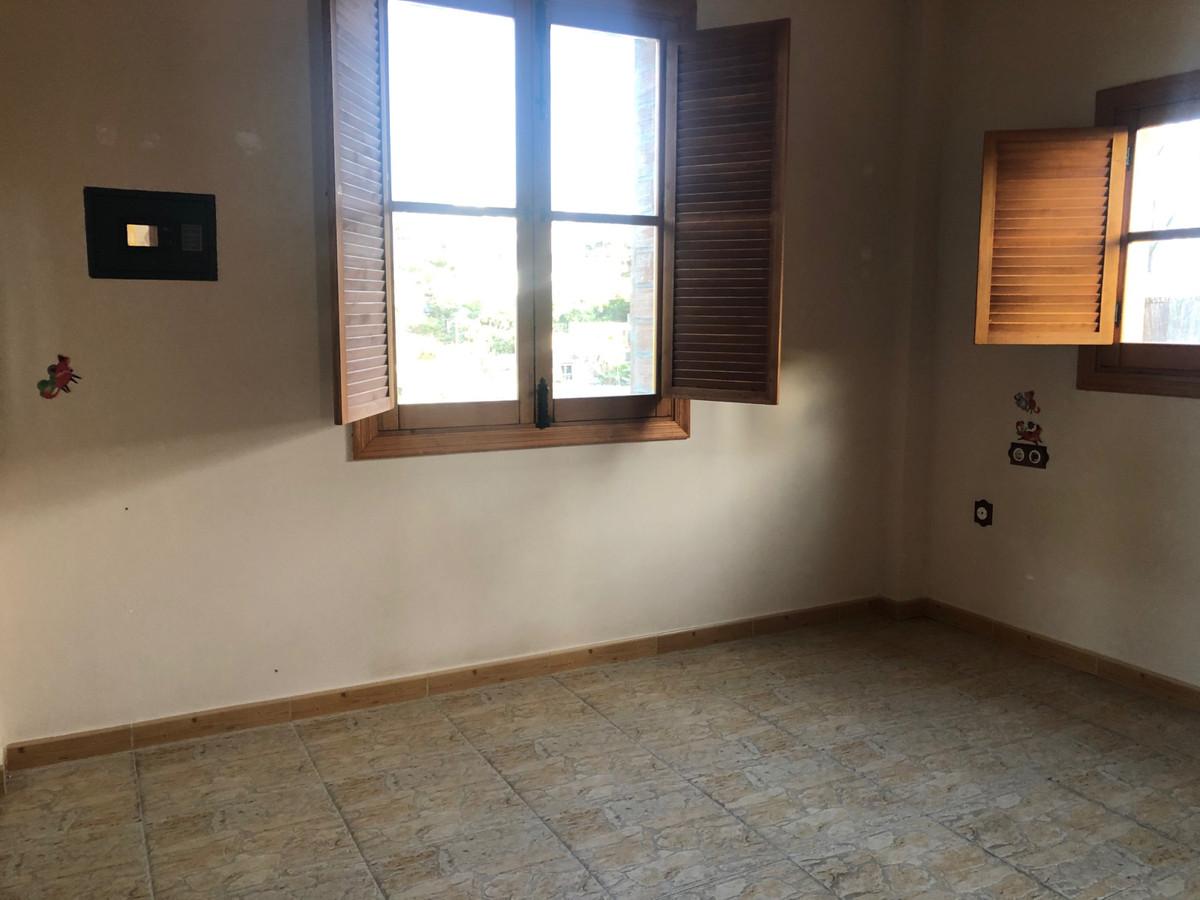 House in Alhaurín de la Torre R3728698 10