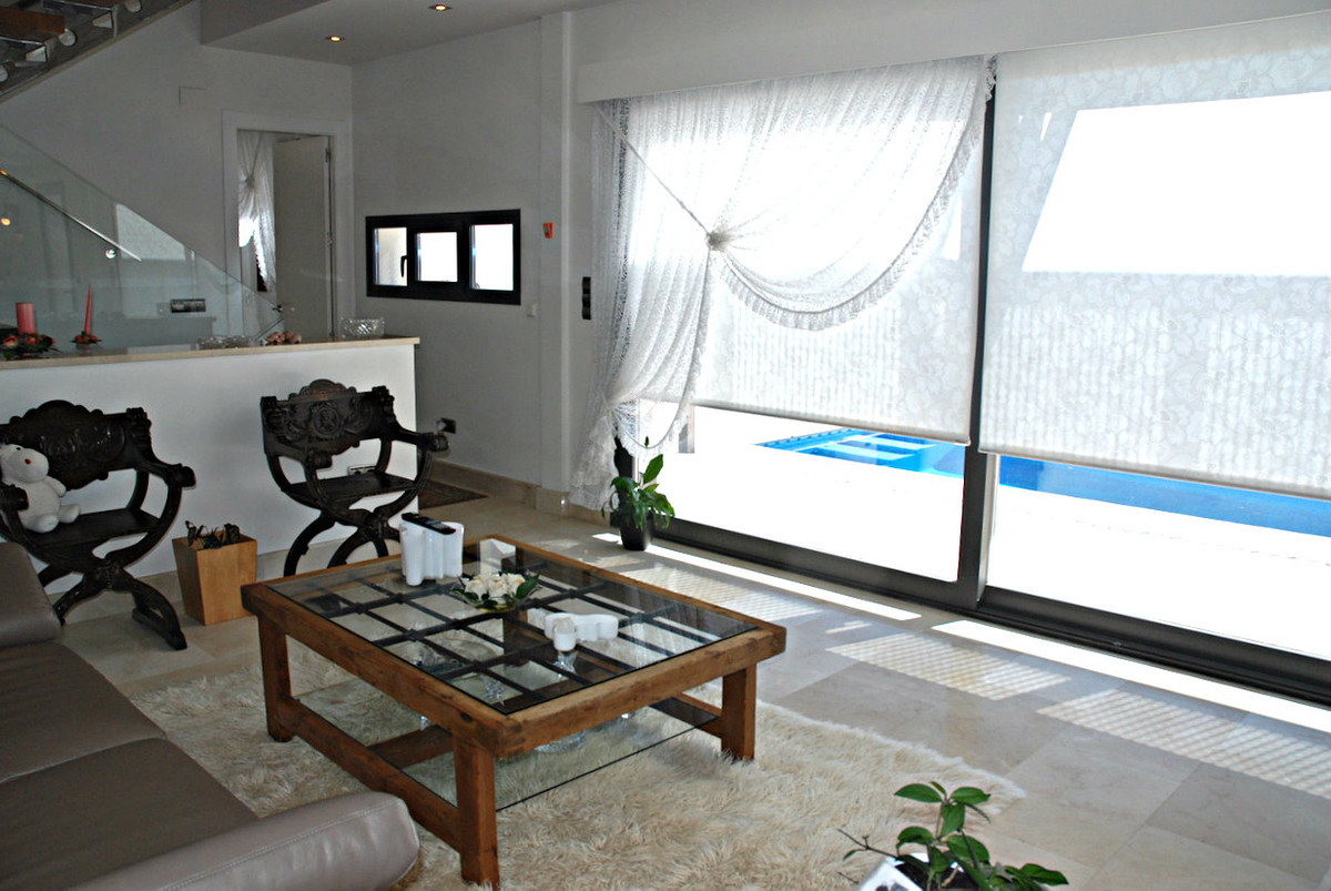 6 bedroom villa for sale torremolinos