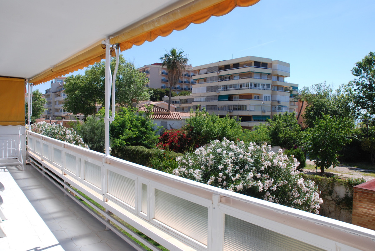 4 bedroom apartment in second line beach Carihuela. Investment opportunity: large apartment with 4 b,Spain