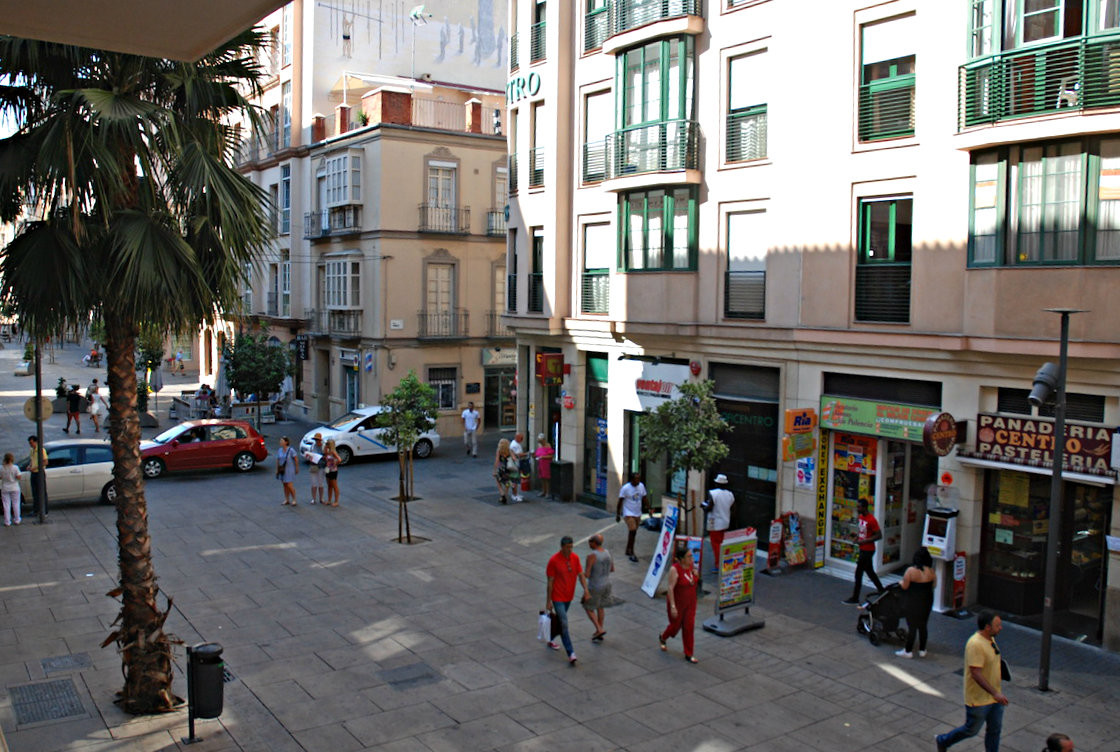 Spacious and bright office in Malaga's Soho with garage space included Imagine having your offic, Spain