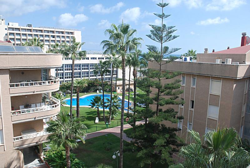 Apartamento Planta Media a la venta, Torremolinos – R3269422