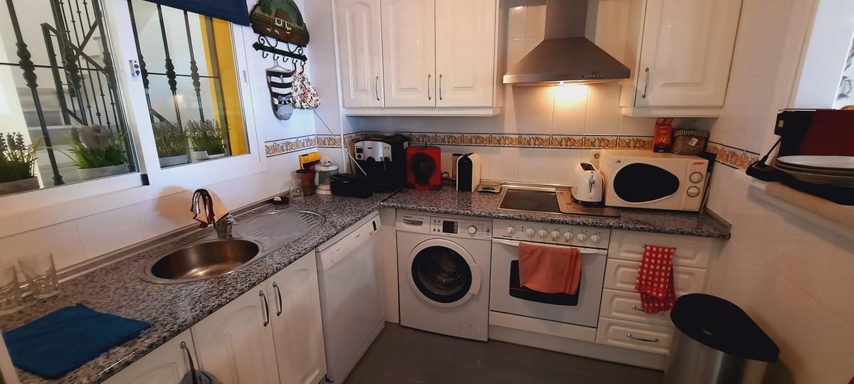 Apartamento en Venta en Calahonda – R3804745