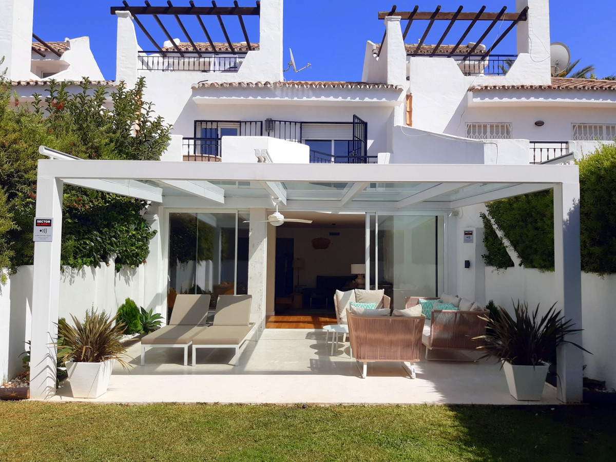 Townhouse Terraced Puerto Banús Málaga Costa del Sol R3683480