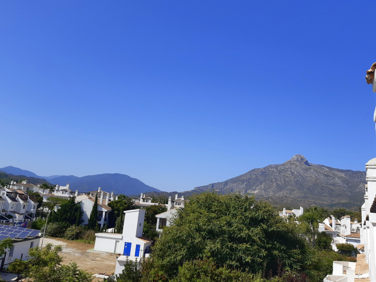 3 Bedroom Terraced Townhouse For Sale Puerto Banús