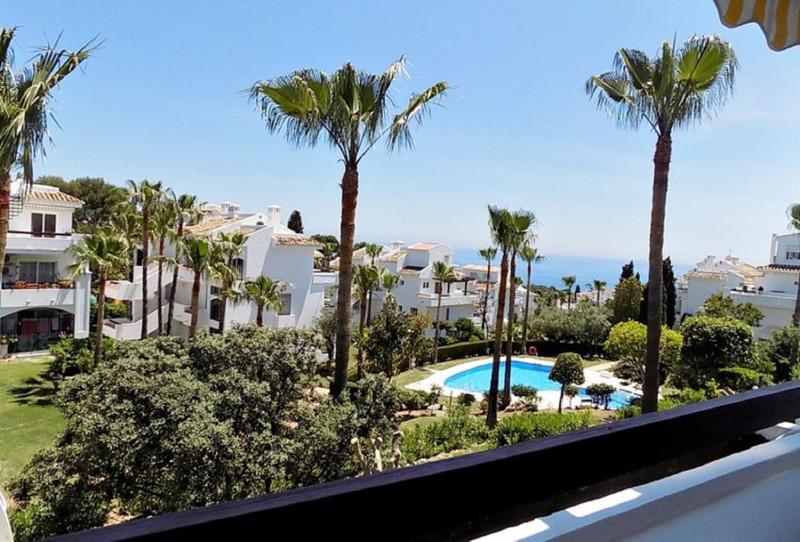 Apartamento Planta Media en venta en Riviera del Sol – R3556816