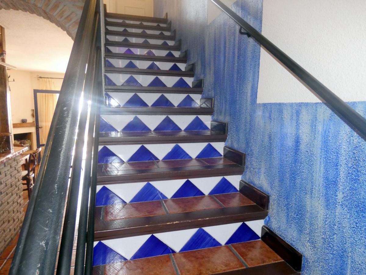Apartamento en Planta Última en Venta en Calahonda – R3515458