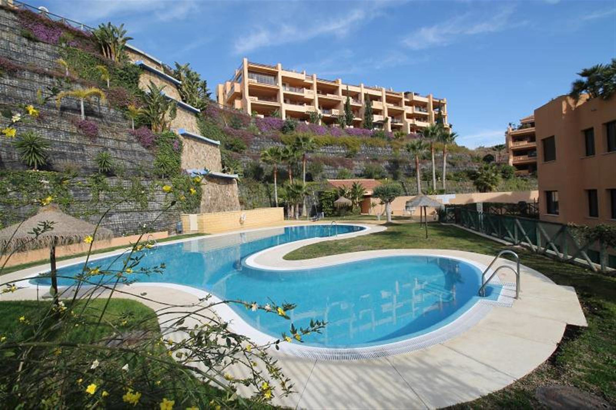 Wonderful ground floor apartment with 2 bed and 2 bathroom set in tranquil surroundings with lovely , Spain
