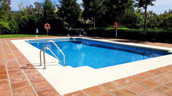 Middle Floor Apartment in Río Real R2610404