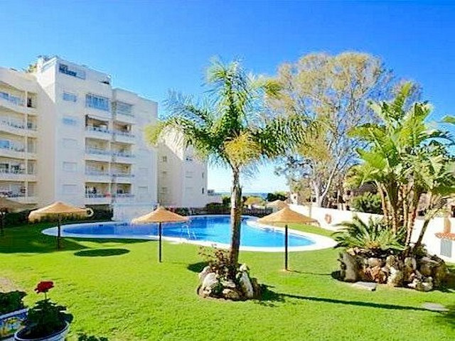 Middle Floor Apartment in El Rosario