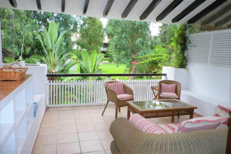 Lovely beach side apartment in Puerto Banus, close to San Pedro. The property comprises a living and,Spain