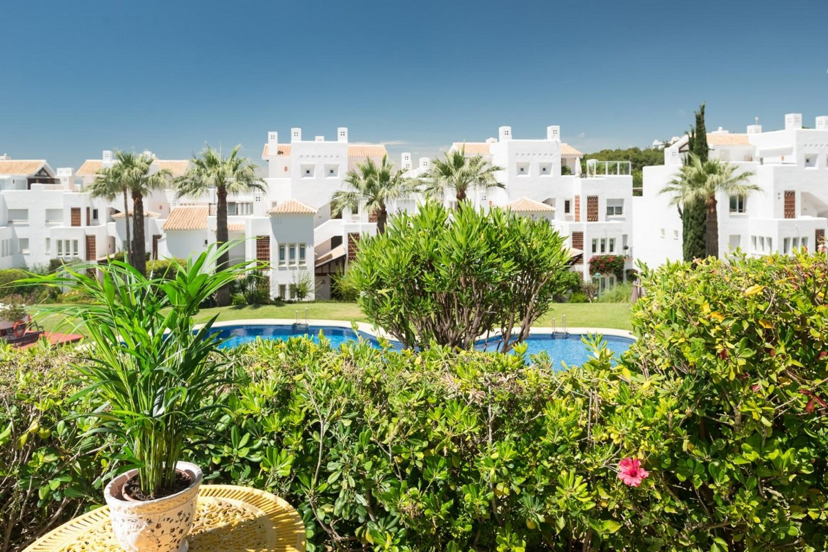 Ground Floor Apartment in Los Monteros