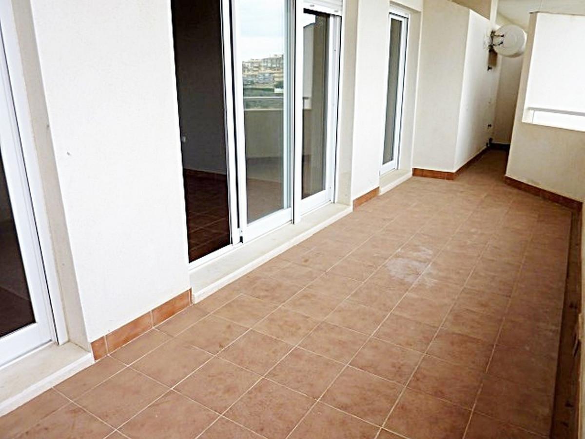 Apartamento en Venta en Calahonda – R3405232