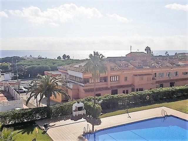 Top Floor Apartment in Calahonda