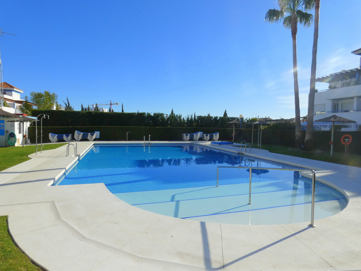 Fantastic Townhouse with 5 bedrooms and 3.5 bathrooms in a highly sought after area with beautiful p,Spain