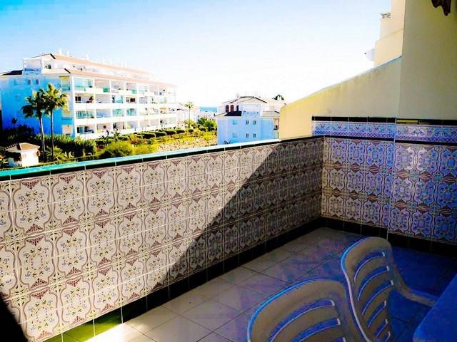 Apartamento en Planta Última en Venta en Calahonda – R3234163