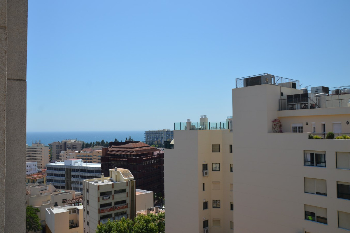 R2806466: Apartment in Marbella