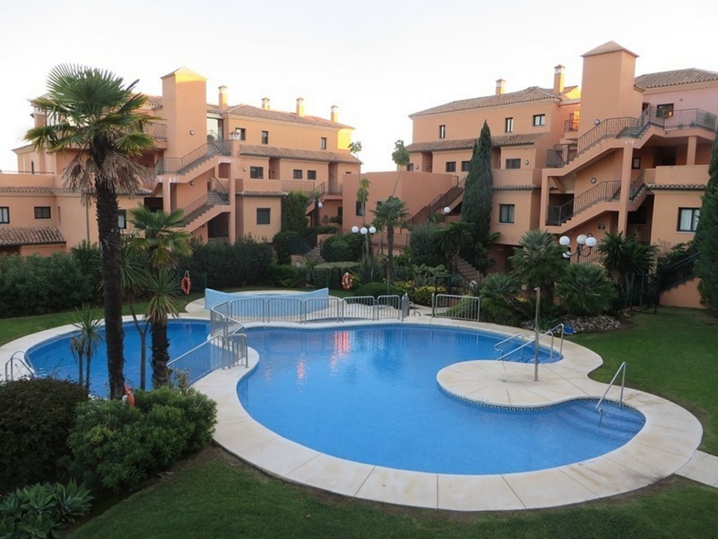 A large 3-bedroom middle floor apartment it is found in impeccable condition and overlooking the San, Spain