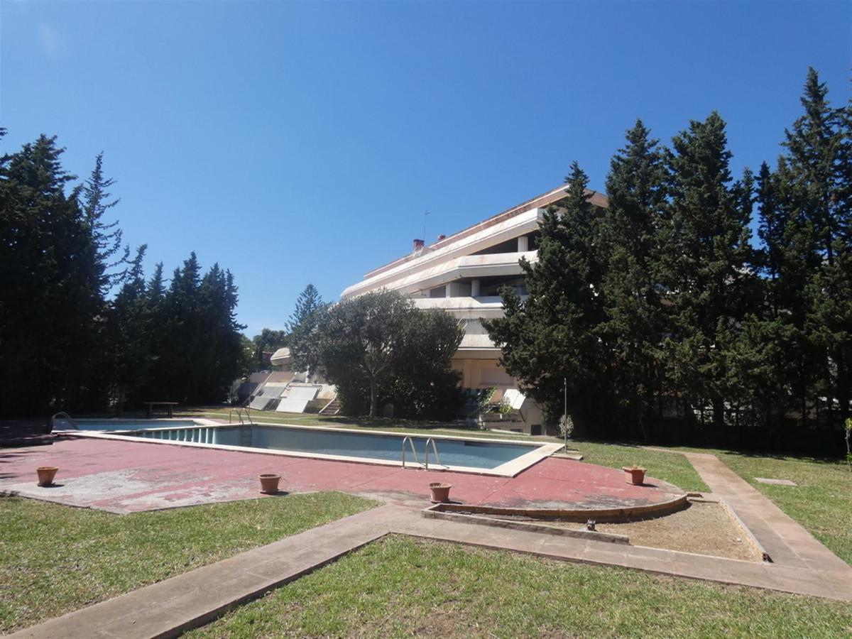 Apartment Complex for sale in Marbella