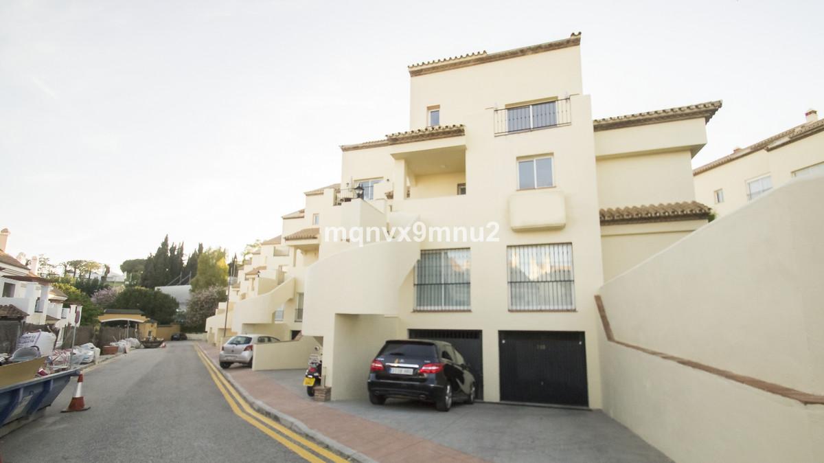 Apartamento en Planta Última  en venta en  Aloha, Costa del Sol – R3269077