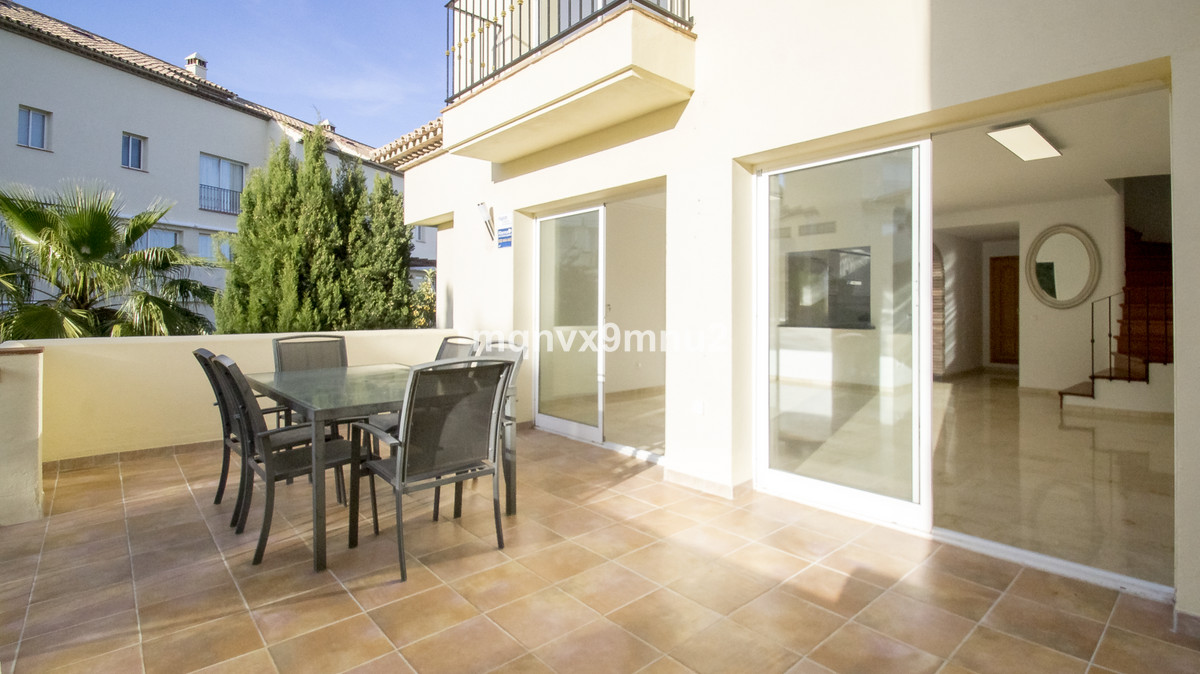 Apartment Penthouse in Aloha, Costa del Sol
