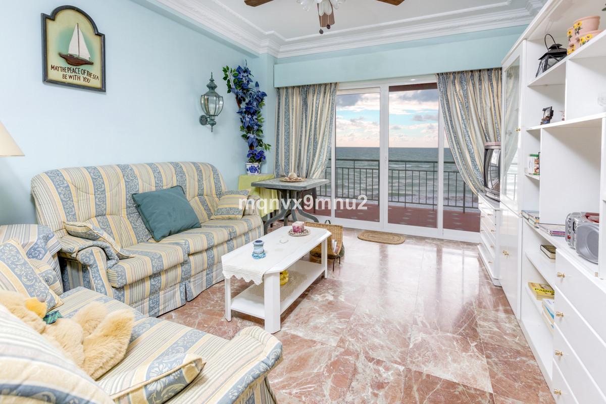 Appartement  Mi-étage en vente   à Carvajal