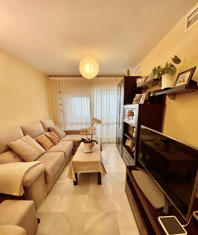 Marbella Banus Apartamento en Venta en Marbella – R3835198