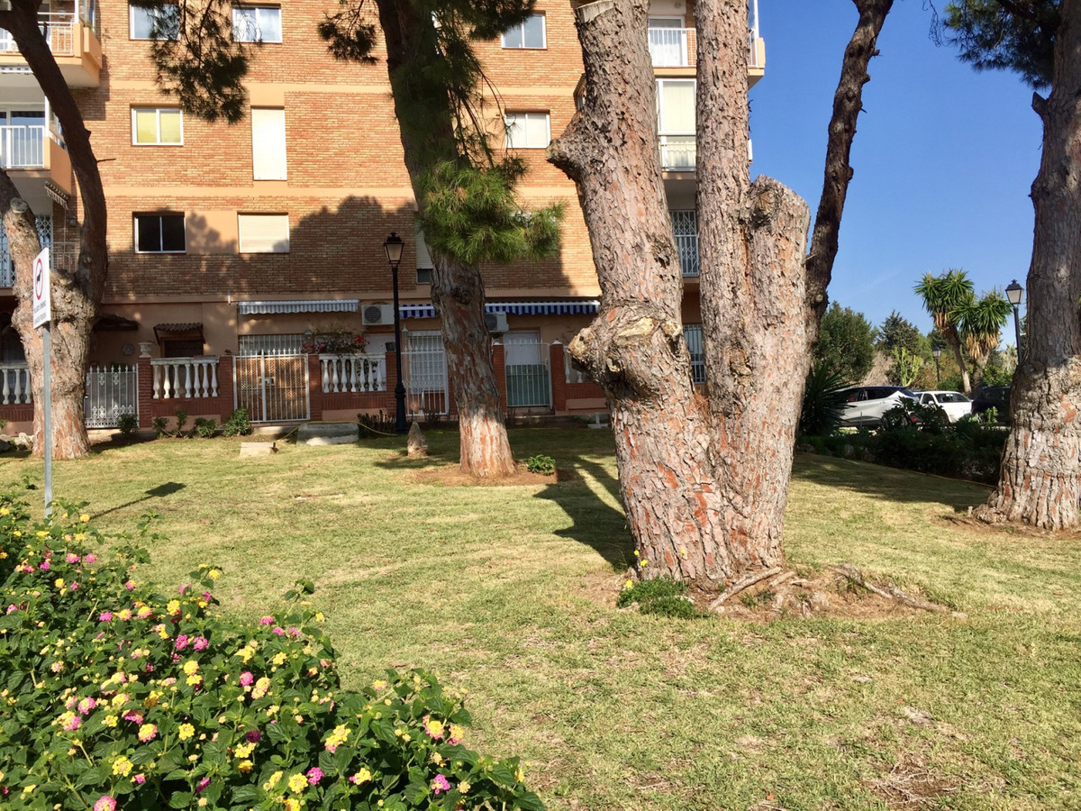 Excellent investment opportunity, the apartment is located in the center of Arroyo de la miel, has e, Spain