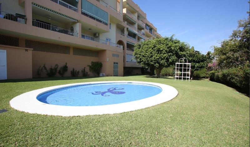 Top Floor Apartment in Nueva Andalucía