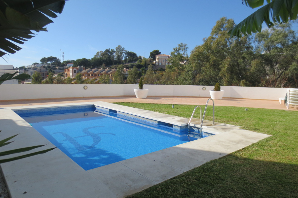 2 Bedroom Townhouse For Sale, Benalmadena Costa