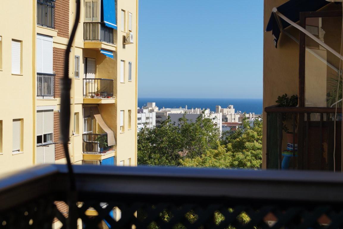 Marbella Banus Apartamento en Venta en Marbella – R2702912