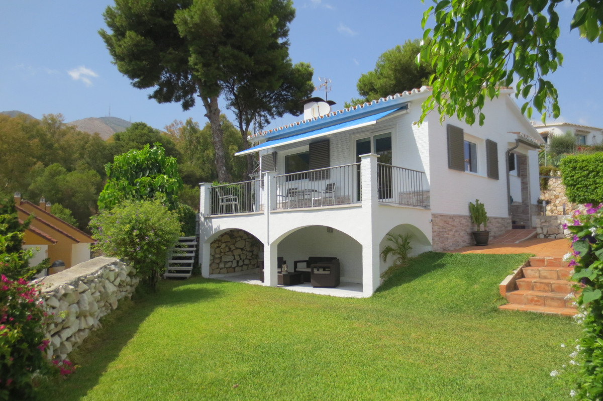 A MUST SEE PROPERTY!! Beautiful, enchanted  villa set on a hill facing south, gated and fenced in st, Spain