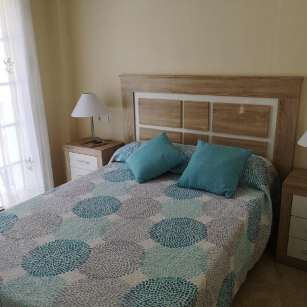 Apartamento en Venta en Benahavís – R3765898