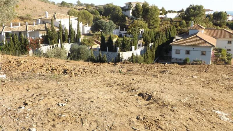 R2379248: Plot for sale in Mijas Costa