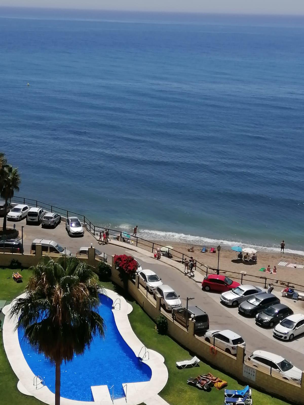 Marbella Banus Apartamento Planta Media en Venta en Calahonda – R3475735