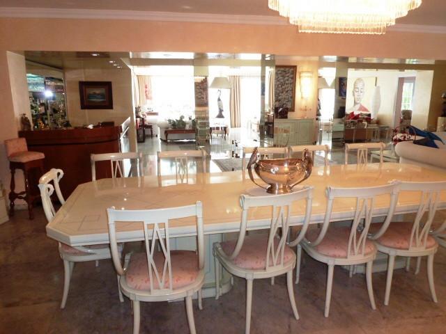 R11493: Villa for sale in Marbella