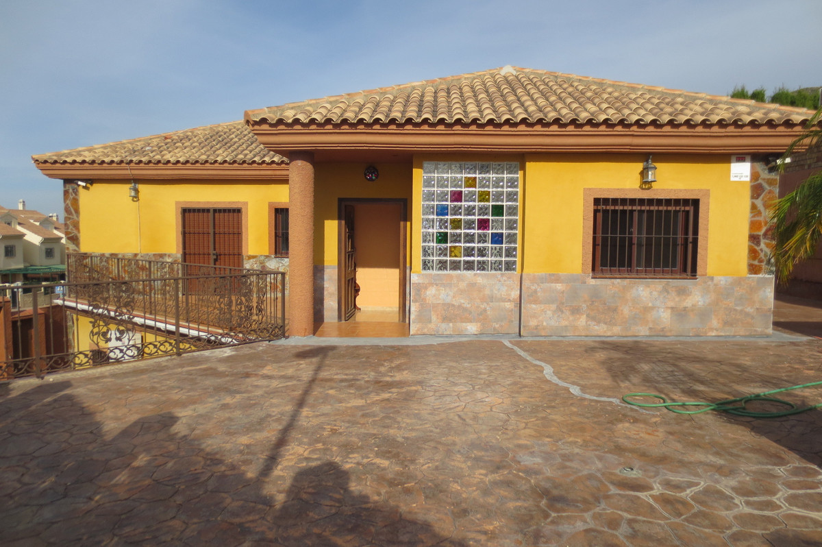 House in Arroyo de la Miel R2932298 1