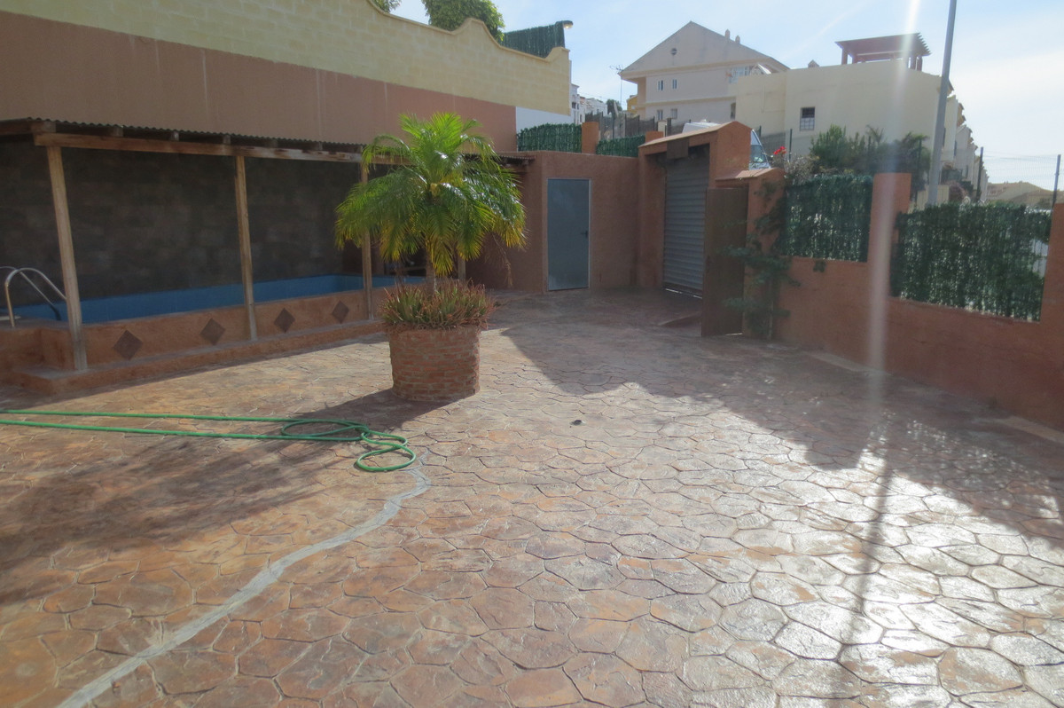 House in Arroyo de la Miel R2932298 3
