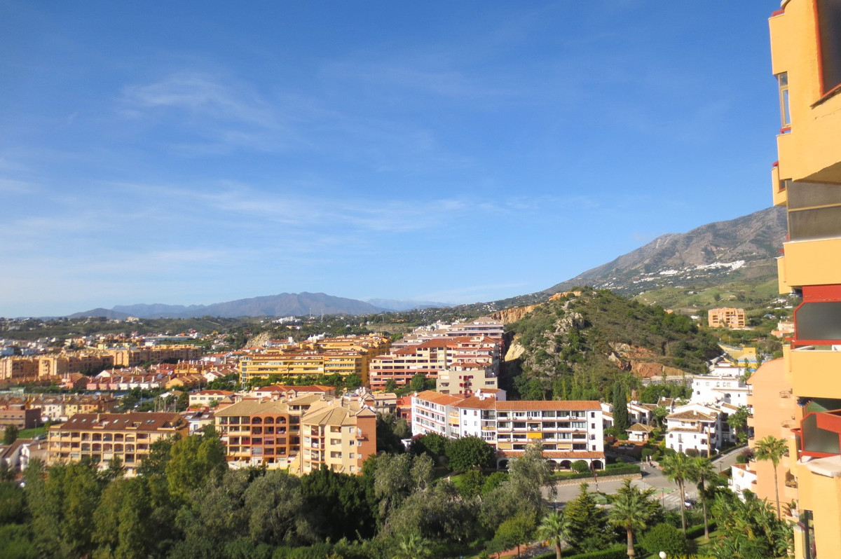2 Bedroom Middle Floor Apartment For Sale Los Pacos