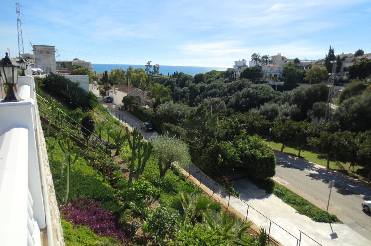 Residential Plot, Torreblanca, Costa del Sol. Garden/Plot 1010 m².  Setting : Suburban, Close To Sea, Spain