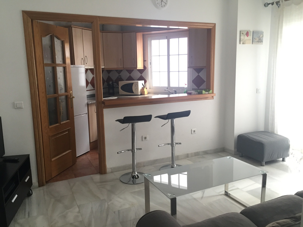 Nice and cozy apartment in the old town of Marbella, next to the Av. Nabeul, which is a way of easy ,Spain