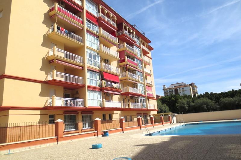 Marbella Banus Apartamento Planta Media en venta en Los Boliches – R3473866