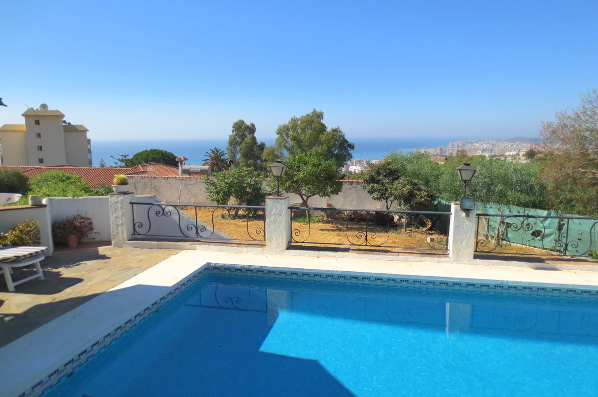 FANTASTIC VILLA IN 1 FLOOR IN THE UPPER PART OF TORREBLANCA WITH 2 PLOTS WITH DIFFERENT ACCESS. 1 PL, Spain