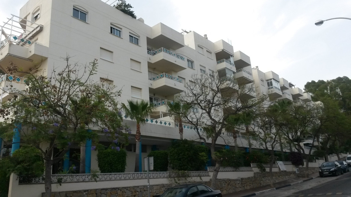 Great apartment in the area of Las Chapas only walking distance to the beach and transport services., Spain