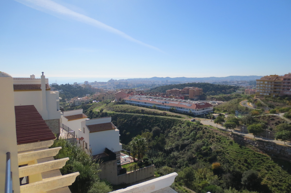 Fantastic townhouse in the upper part of torreblanca on a very quiet street (cul de sac). The proper,Spain