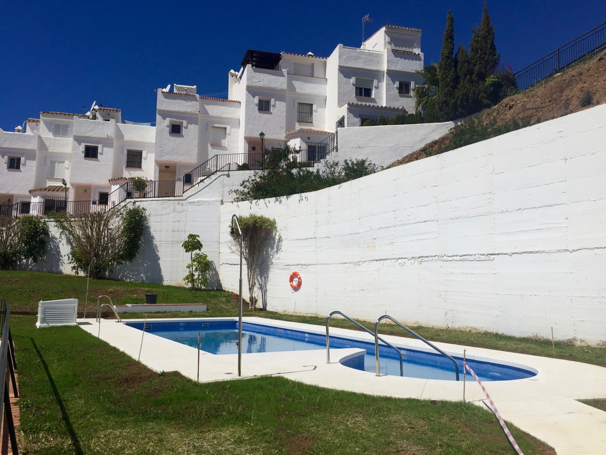 Original townhouse with character in the whole San Marino in Altos de los Monteros. With spectacular,Spain