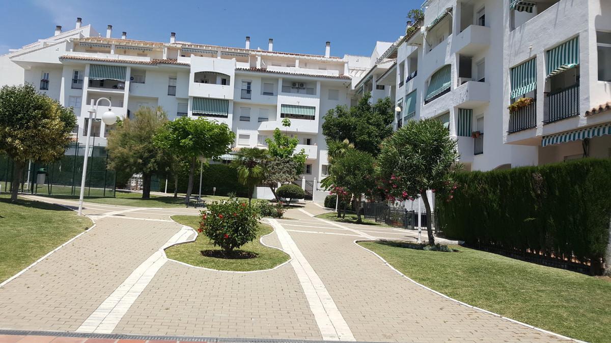 Marbella Banus Apartamento en Venta en Nueva Andalucía – R2923529