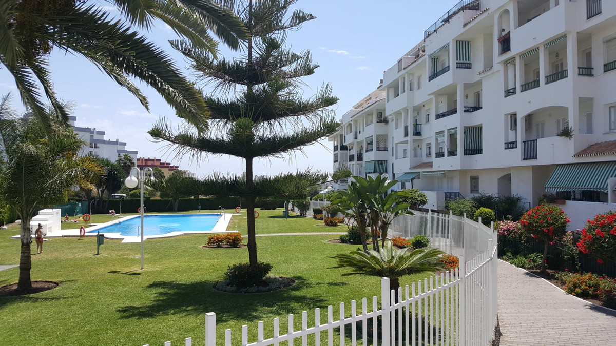 Apartment for Sale in Nueva Andalucía – R2923529